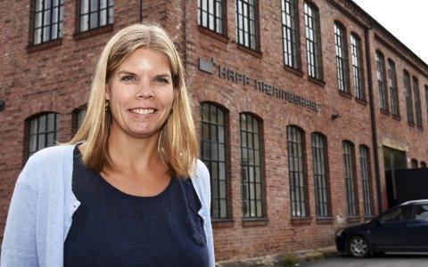 VIL på Restaurant: Daglig leder Gunn Mari Rusten i Kapp næringshage drømmer om en nasjonalt anerkjent restaurant på Toten som profilerer seg på bruk av lokale råvarer. Foto: Per Skjønberg