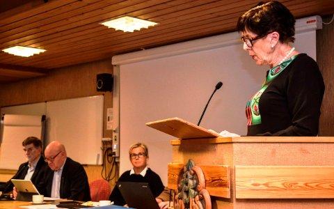 - Det kan være uhendlige konsekvenser av de foreslåtte kuttene, men vi har ingen andre og bedre alternativer, sa Berit Skogsbakken Aasen, leder av komité for oppvekst.
