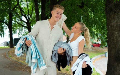BRUKTE KLÆR: Influenserne Thea Myren og David Bearhill skal begge delta under klesmarkedet.