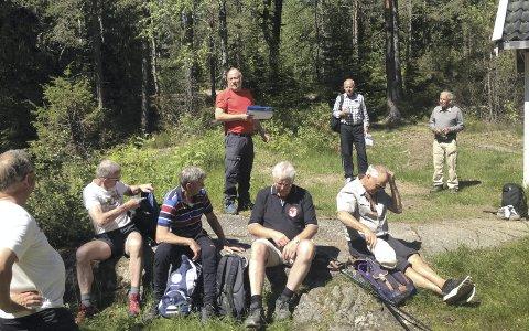 KJENTE TRAKTER: Reidar Haugen har vært skogbestyrer i Ski kommuneskoger i 33 år. På søndagens vårtur i regi av Skiforeningen Sørmarka tar han med seg alle som vil, på en guidet tur fra Siggerud.