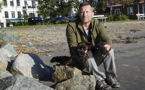 Prosjekt: Øystein Cock Rønning er fylkessekretær i Vestfold-avdelingen av Norges Jeger og Fiskerforbund og brenner for minkprosjektet.foto: roger W. Sørdahl