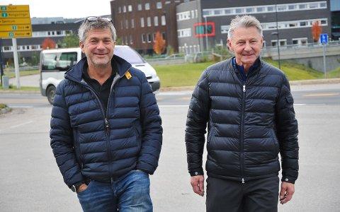 FRYKTER DE MÅ LEGGE NED: Styreleder Martin Gudbrandsgård (til venstre) og nestleder John Tømte i Elverum Turn mener leieforholdene i Terningen Arena er urimelige. Nå frykter de for gruppas framtid.