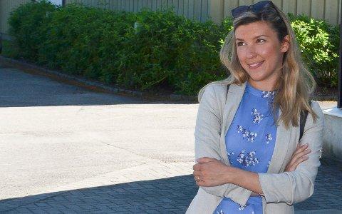 MÅTTE OPERERE: Stortingskandidat Anna Molberg (H) har måttet operere den ene armen to ganger i sommer etter et uhell med elsparkesykkel.