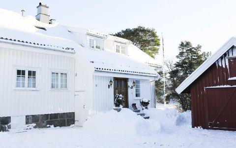 Har ikke blitt tilflyttet: Bukkholmveien 11 på Tjøme ble solgt for 13,9 millioner kroner i 2013. Eierne hadde da intensjoner om å flytte hit, men det har ikke skjedd.