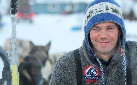 Joar Leifseth Ulsom er nominert til årets idrettsnavn i Rana for 2018. Han er også med på det første hel-proffe langdistanselaget i hundekjøring.