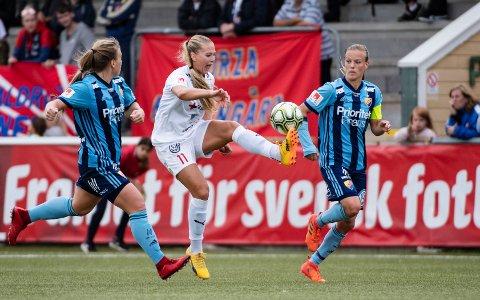 Lisa-Marie Karlseng Utland sier at FC Rosengårds klare mål er å vinne den svenske serien, som er den eneste de har å fokusere på denne sesongen. Foto: Johan Nilsson