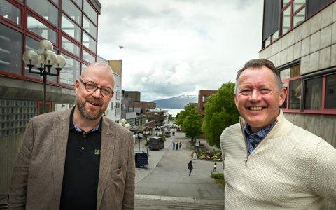 Ordfører Geir Waage og Henrik Johansen møtte mandag konsernledelsen i Avinor, samferdselsministeren og andre aktører for å diskutere flyplass.