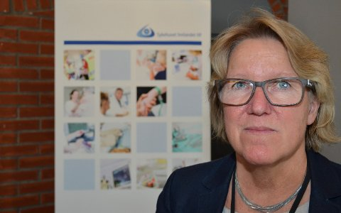 BETENKT: Alice Beathe Andersgaard, administrerende direktør i Sykehuset Innlandet, er betenkt fordi antall henvendelser om øyeblikkelig hjelp har gått drastisk ned. – Folk som trenger hjelp, får det, sier hun.