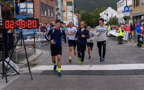 VIK SPEEDERS: Guttegjengen fra Hole imponerte stort, og kom i mål like over 2.46. Fra venstre: Erlend Meier Jacobsen, William Lilleland, David Ormstad Meier, Thomas Lilleland og Petter Kalvøy Sameien.