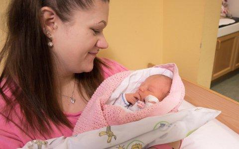NYTTÅRSBARN 2020: 2. januar klokken 17.58 fødte Camilla Linvollen (26) årets nyttårsbarn på Ringerike sykehus.