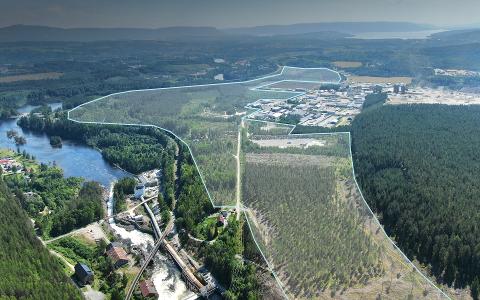 GIGANTISK: Området Follummoen er på over 1150 dekar, og har plass nok til den gedigne batterifabrikken som kan bli en realitet i Norge.