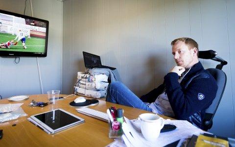 Kan forsvinne: Espen Olsen lanseres som en av kandidatene til å ta over HamKam. Toårskontrakten han er tilbudt i Strømmen skriver han ikke umiddelbart under på. Foto: Lisbeth Lund Andresen