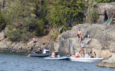 SMITTEFARE: Fem personer er smittet av vibriobakterien etter å ha badet i Oslofjorden. Nå går Ullensaker og Hurdal ut med råd til sine innbyggere.