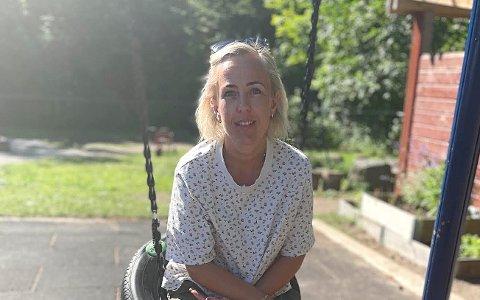 VAKSINE: Line Holtung jobber som barnehagelærer i Sandefjord og lurer på hvordan kommunen prioriterer barnehageansatte i vaksineringen.