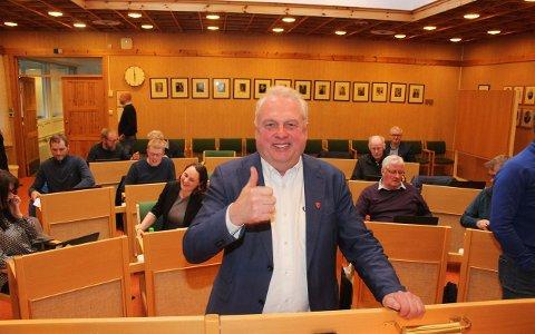 TOMMEL OPP: Ordførar Jan Geir Solheim og resten kommunestyret i Lærdal samde om ny ÅLA-avtale onsdag kveld. (Foto: Jan Egil Fimreite)
