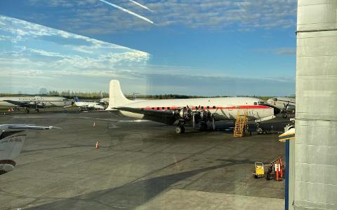 Slik ser det gamle Braathens flyet ut nå. Snart vender det nesen hjem til Sola.