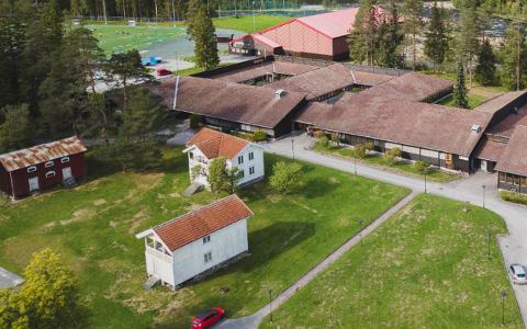 MOEN GÅRD: Formannskapet i Tokke vil selge Moen gård til lag eller foreninger for 1 krone.