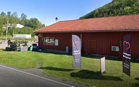 BRÅK: Didrik Gunnestad avviser at butikken er på vei mot konkurs og at ny driver om kort tid skal inn, slik eier av lokalene sier.