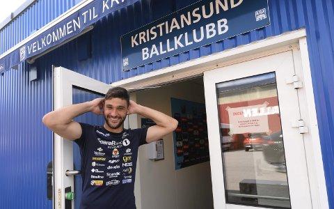 Klar for ny kamp: Elias Hadaya fikk sin debut som KBK-keeper sist helg. Han spiller trolig mot Tiller søndag også.