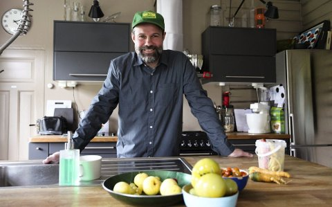 BEVARER OG BRUKER: Det aller meste av maten kommer til bruk hjemme hos Eivind Stoud Platou.