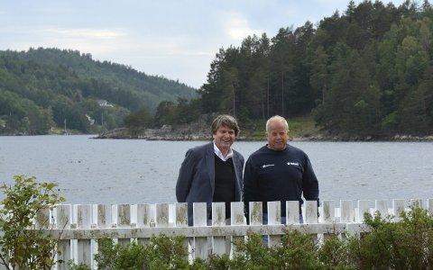 Sagesund: Arkitekt og fagansvarlig i NSW Arkitektur Ole Wiig og Willy Thorbjørnsen har funnet tonen. Nå utarbeides en mulighetsstudie for Fjordsenterets eiendom i Sagesund. Privat foto