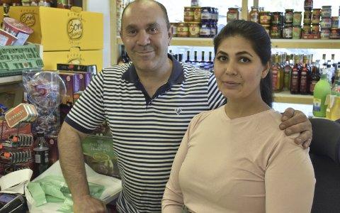 Egen Innvandrerbutikk: Kochar Naif og kona Ashte Ibrahim satser mye på å drive en kvalitetsbutikk, og de er veldig godt fornøyd med utviklinga i Valdres det året de har drevet her.