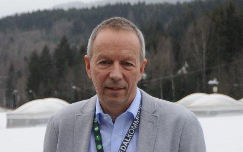 PROSJEKTLEDER: Svein Neerland leder arbeidet med at kommune innen 1. august skal overta og etablere et tilbud om voksenopplæring.