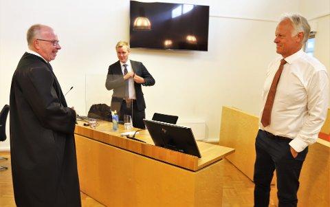 Fra venstre, advokat Harald Jahren, advokat Bernt Heiberg og advokat Trond Dyvik.