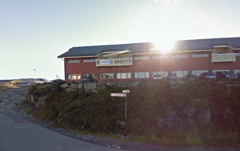 Når uhellet er ute finst det ikkje nokon betre plass å vere enn på legevakta i Knarvik, meiner Anette Wisnes. Foto: Google Maps