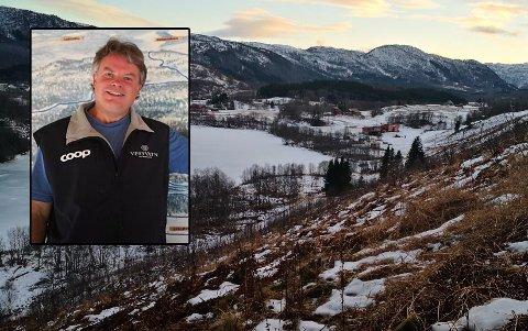 Daglig leder hos Vestvatn alpinsenter, Arne Berg sier at han aldri har opplevd så totalmangel på snø.