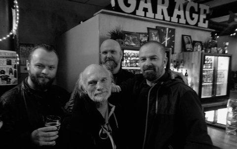 Dennis Reksten (foran), Olav Iversen fra bandet Sahg, Jarle Nordvik og Børre Myklebust.
