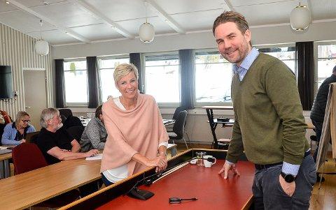 MILLIONER I POTTEN: Ordfører Tine Normann får stjerner i øynene når hun hører at styreleder Håvard Staff Brenno i Norefjell Utvikling  ønsker gjøre millioninvesteringer i fjellet.