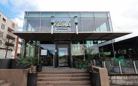Kawa sikter seg inn mot slutten av april for åpning.  Kommuneoverlegen mener det er usikkert, men ikke urealistisk å tro at det kan komme til å skje.