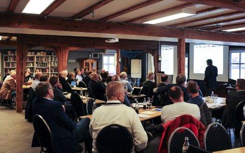 Nettverkssamling: Frå workshopen i Kalvåg torsdag. Foto: Beate Grønnevik
