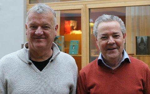 PENSJONERER SEG: Øyvind og Geir Knapstad gir seg begge som rektorar frå sommaren av.