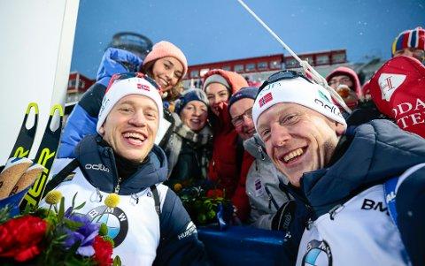 GULL: Dette bildet er frå VM i Östersund i 2019. Då vann Tarjei Bø og Johannes Thingnes Bø gull. Det gjorde dei også i første konkurransen i årets VM.