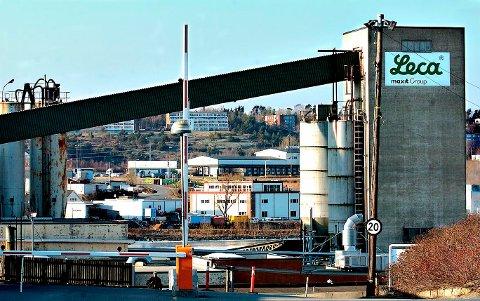 Satser på industri ved Leca: Fredrikstad kommune skal få nye næringsarealer nær Leca. Bildet er noen år gammelt. (Arkivfoto:Trond Thorvaldsen)