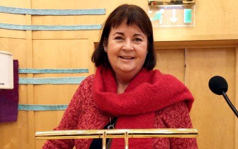 UTE: Marit Arnhus i Høyre ble i kommunestyret onsdag fritatt for alle sine politiske verv etter eget ønske..