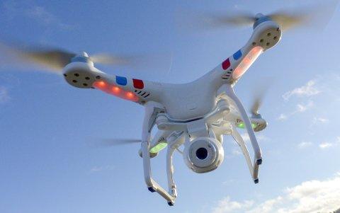 Flygende kamera: Droner til fritidsbruk har blitt populært. Men reglene er mange.