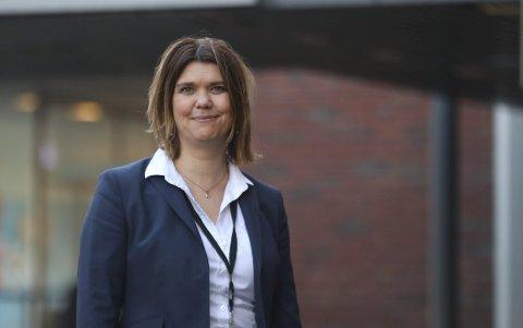 Banksjef: Marie Opheim i Sparebanken Vest fortel at dei vurderer bruken av alle minibankane. Arkiv: Eivind Dahle Sjåstad