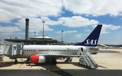 Mange SAS-fly kan bli stående på bakken dersom pilotene går til storstreik torsdag. Foto: Erik Johansen / NTB scanpix