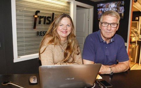 SUPERFORNØYD: Helgelendingen og Frisk3 står bak opplegget for fjerde år på rad. Ellen Strøm Brodtkorb og Knut Wulff Hansen er veldig godt fornøyd med de tre førstesesongene.  FOTO: PER VIKAN