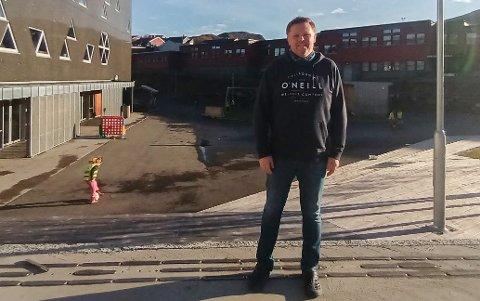 ALVOR: – Jeg er dessverre ikke overrasket, sier sosiallærer ved Baksalen skole Bjørn Erik Hansen som tar saken på høyeste alvor.