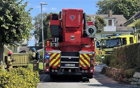 Brannvesenet var mandag ettermiddag på plass i Kjelvene i Klepp.