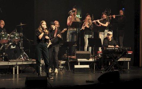 KUTTFORSLAG: Musikkskolen og ungdomstilbudene kan bli kraftig rammet av de økonomiske problemene i Holmestrand. Bildet er fra kulturskolens Vinterrock i Biorama i mars i år.