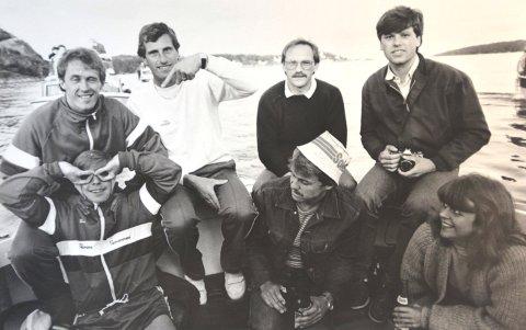 Fotballbesøk: Phil Neal (bak t.v.), Ray Clemence, KIF-trener Knut Nilsen og en ung utgave av undertegnede. Sammy Lee (foran t.v.), Steinar Johnsen og Hanne Nilsen.