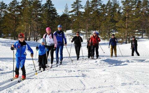HÅPER Å ARRANGERE: Hvis alt går etter planen, blir det mulig å gå det 30 kilometer lange Knuteløpet lørdag 27. eller søndag 28. februar. Dette bildet er hentet fra 2011-utgaven.