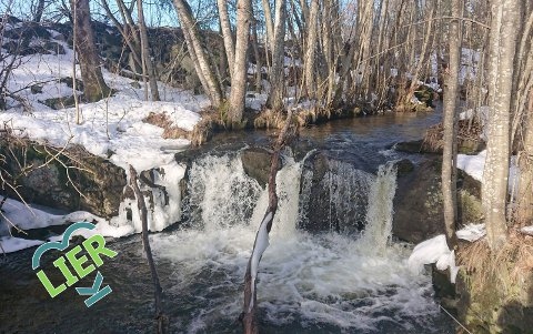 Vinterutgaven: Sagvollenfossen i vinterstemning.
