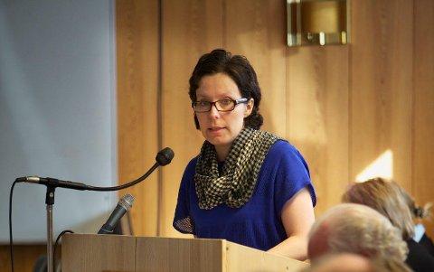 Siv Elin Hansen (SV) mener det er helt unødvendig og forkastelig å ha en lov som tillater omskjæring av små guttebarn.