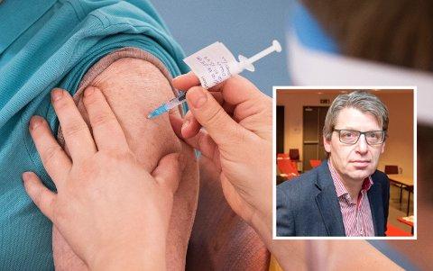 ØNSKER SAMME STRATEGI SOM FØR: – Jeg synes vi burde fortsatt med samme vaksinestrategi som før, sier Ola Tore Dokken, ordfører i Nordre Land.